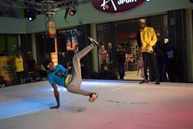 un breakdancer mauricien aussi connu comme bboy
