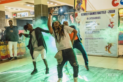 Honorable Minister Stephan Toussaint dancing during the launch of the project Street Dance Battle last october at LA City Trianon.